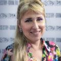 """Мила Абумвери – администратор салона кинокрасоты """"Сёстры Грим"""""""